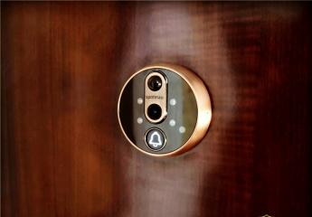 家庭安防专家,智能门锁的好搭档:斑点猫超级猫眼评测!