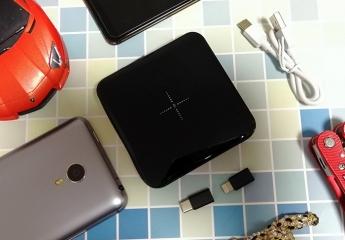 【金测评】南卡移动电源POW-1:小巧便携,无线充电宝拜托数据线束缚