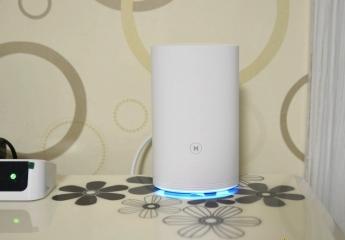 【金测评】华为路由Q2 Pro子母路由:WIFI覆盖全屋,到哪里都能接网线
