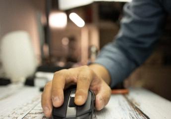【金测评】电竞卡宴,追求极致体验,德国冰豹Kain120 AIMO电竞鼠标