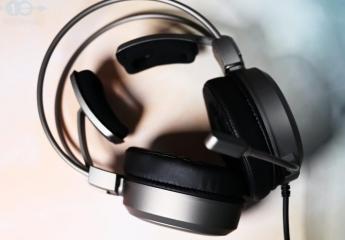 【金测评】雷柏VH610电竞耳机体验:飞翼轻柔更舒适,耳听八方畅快玩