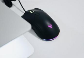 【金测评】雷柏V30幻彩RGB游戏鼠标体验:品味指尖啪啪啪,午夜炫彩更随心