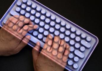 【金测评】雷柏ralemo Pre 5多模无线机械键盘体验:专为女性打造