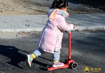 【金测评】酷骑V1能玩到10岁的滑板车,让孩子安心玩耍